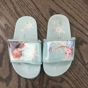 Frozen Anna and Elsa slides